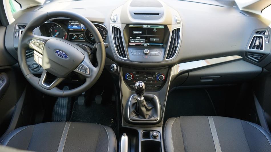 Nuova Ford C-Max 2016 1.0 Ecoboost 125 Titanium X , test drive della monovolume più amata dagli italiani