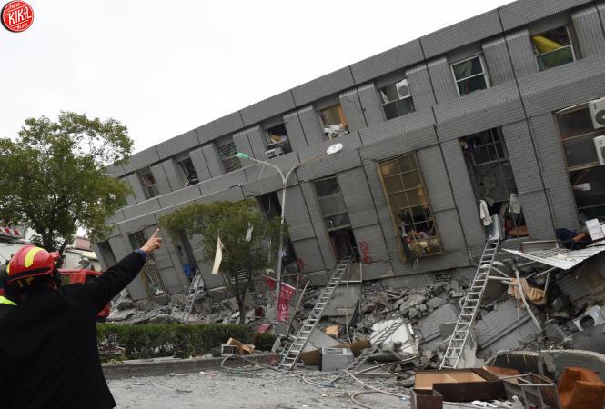 Taiwan trema, scossa di 6.4, almeno 14 morti