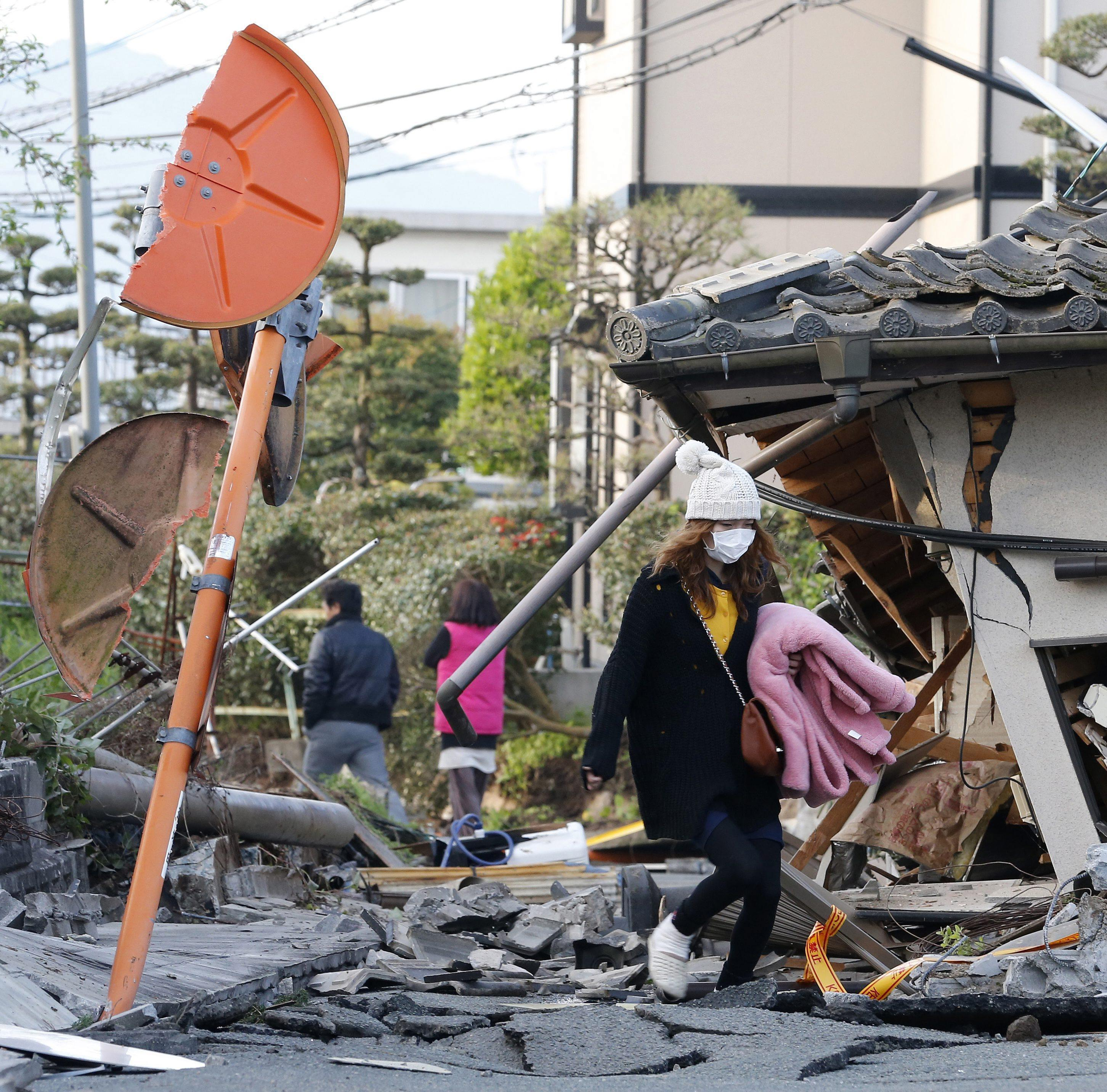 Terremoto scuote il giappone le immagini delle case for Giappone case