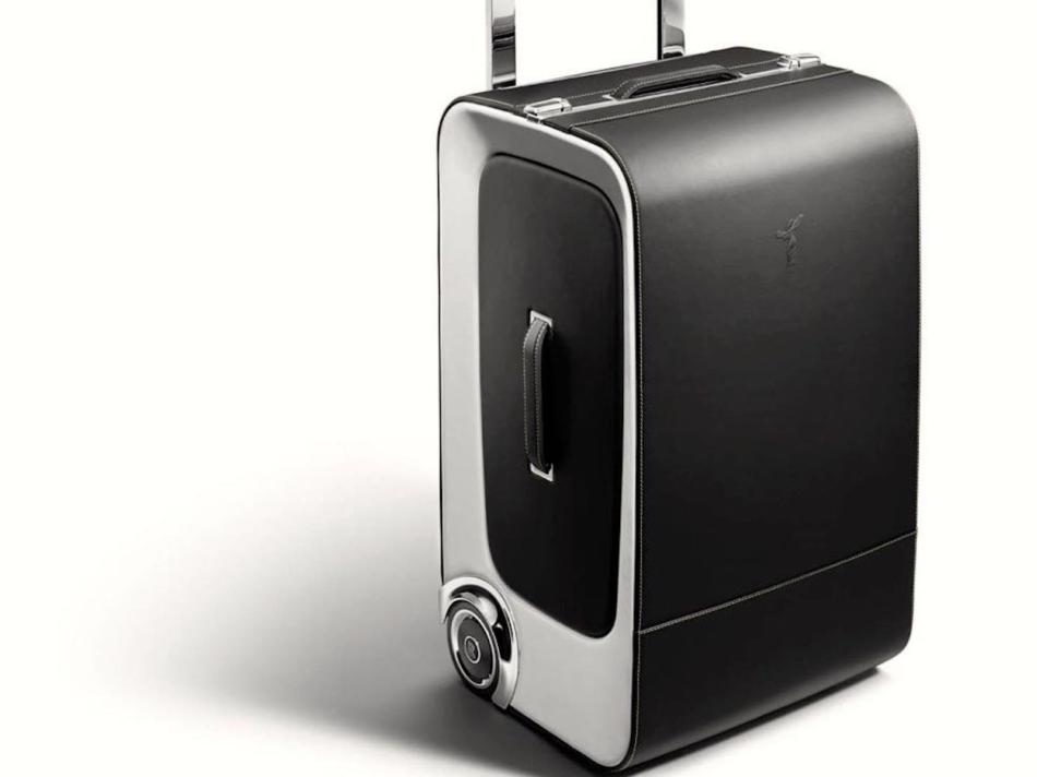 Rolls-Royce: Oltre 30.000 euro per un set di valigie