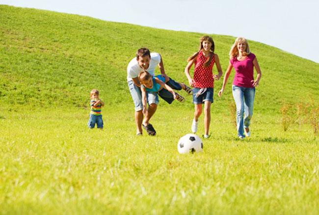 8 sport da fare con tuo figlio per tornare in forma