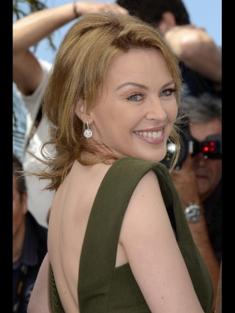 Kylie Minogue, con Carax canto e ballo