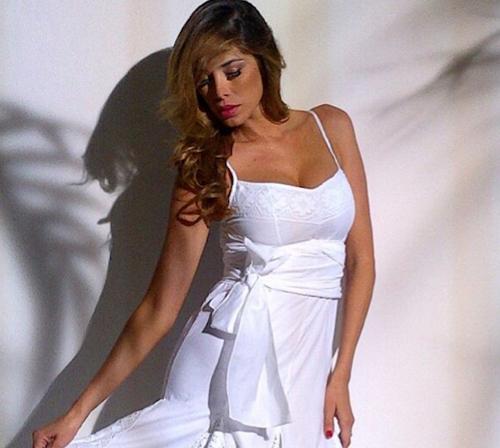 Aida Yespica Gallerie Fotografiche Tiscali Spettacoli