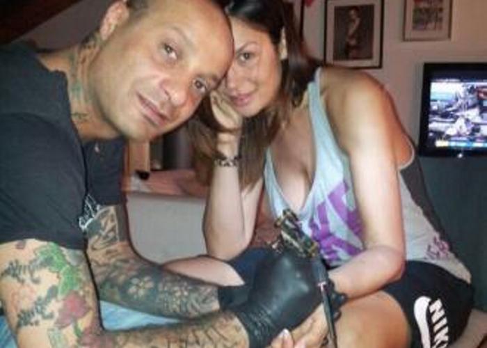 Nicole Minetti, un tatuaggio per dimenticare i guai giudiziari
