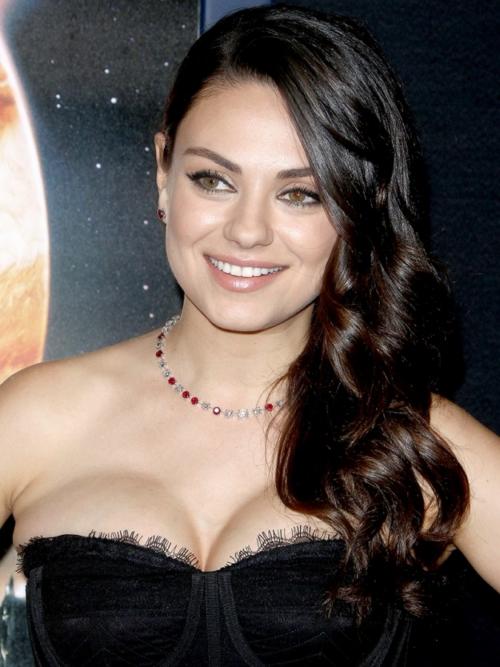 Mila Kunis, attrice statunitense