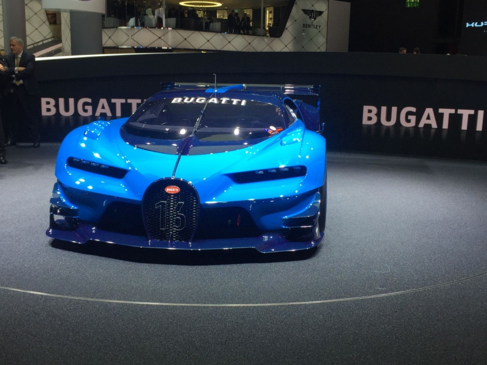 Bugatti Vison Gran Turismo: dal mondo virtuale alla realtà