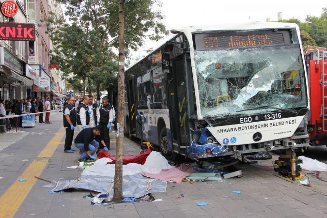Attentato terroristico ad Ankara, almeno 30 morti